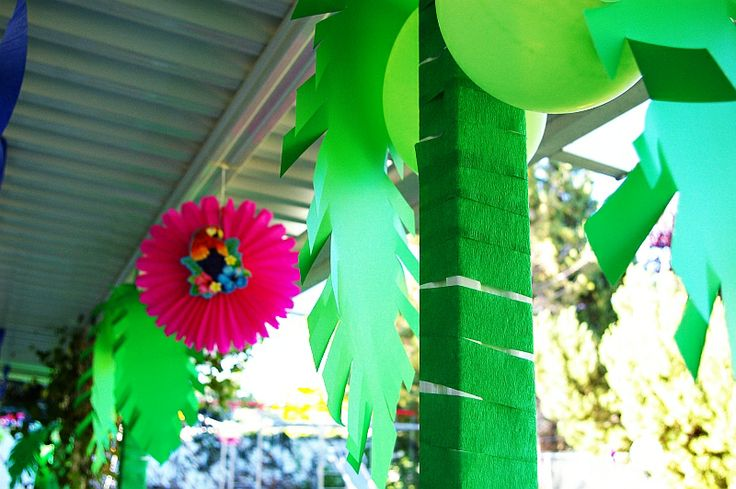 tissue paper and card stock palm trees