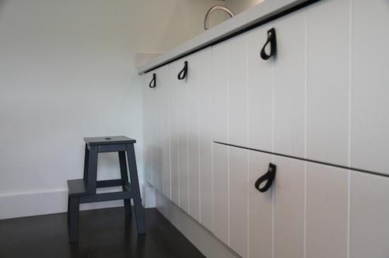 Accessories: Leather Handles from Nu Interieur Ontwerp in Delft : Remodelista