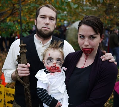 There is something so wrong and at the same time so cool about a zombie baby costume.
