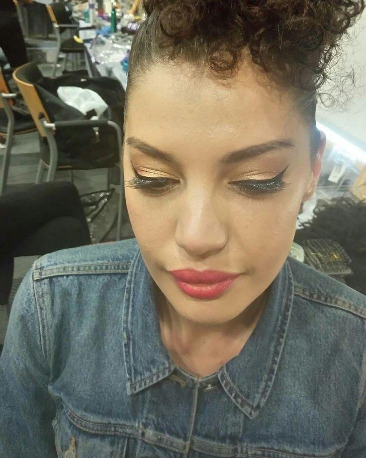 Fashion show make-up  https://www.facebook.com/elpmakemeup/
