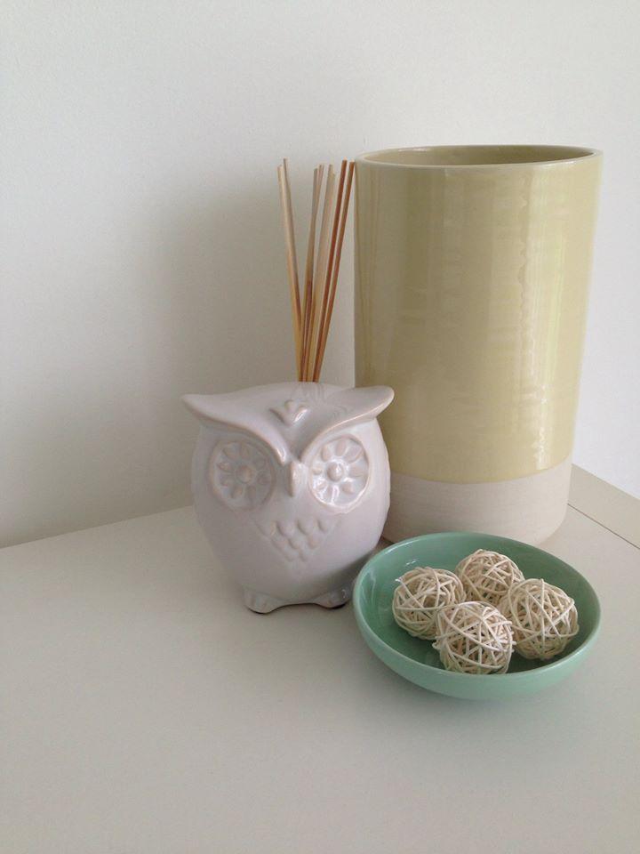 Small Decoration on a side table  #decoration #homedecor #home #decor #interior #interiordesign