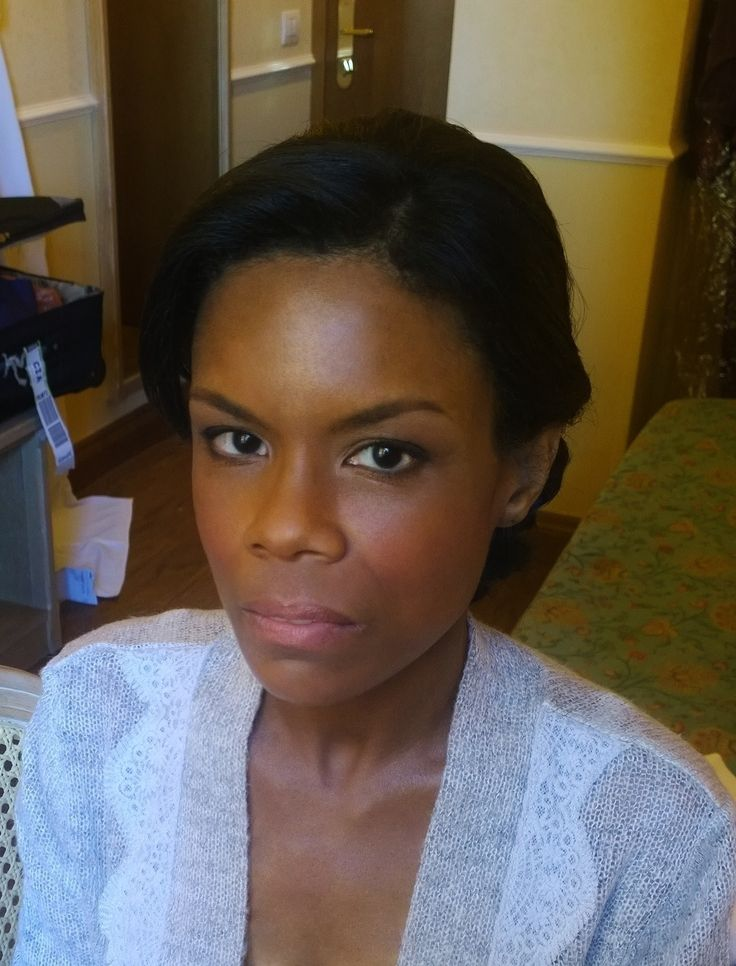 Afro american wedding hairstyle and ultra natural makeup for bride in Rome, italy by Janita Helova http://janitahelova.com/