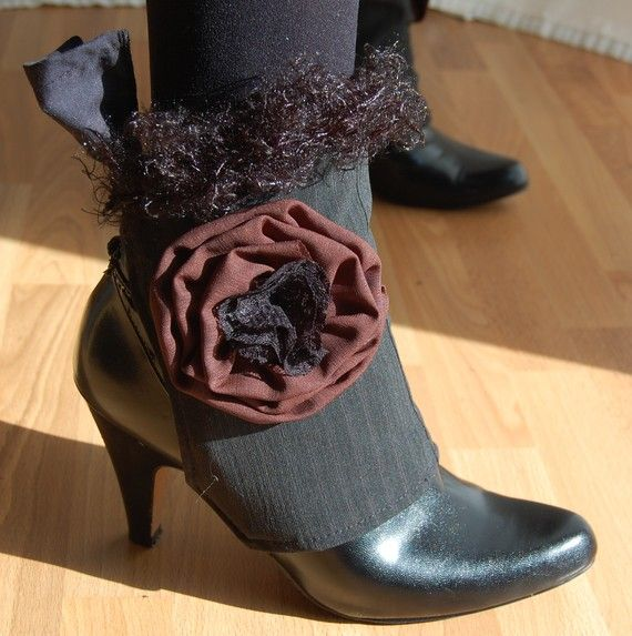 Brown rose and pinstriped Ankle Boot Spats