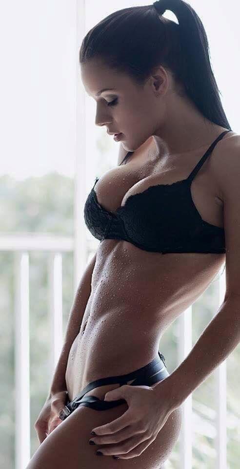 Top boob slip