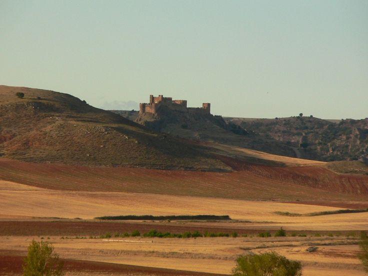 Manuela, el Fantasma del castillo Riba de Santiuste