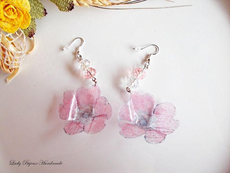 Orecchini pendenti con fiori rosa di Lady Bijoux Handmade su DaWanda.com