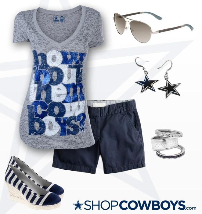 The Dallas Cowboys Ainsley Burnout V-Neck T-Shirt - Grey