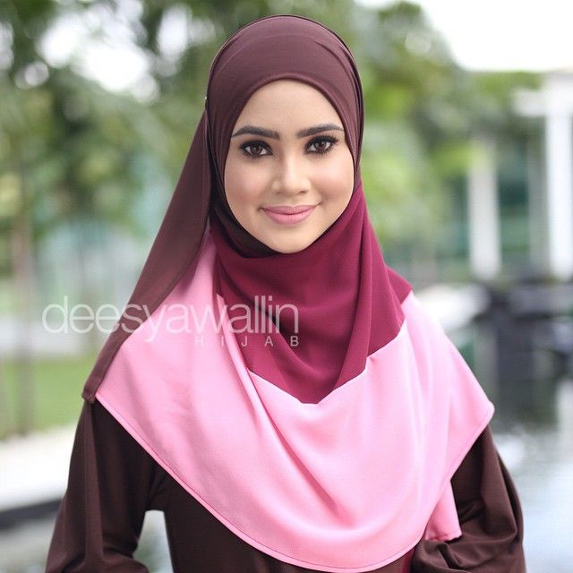 Nuha Shawl emoji Code : DHNH 003 Approx : 1.7mtr x 27inch Price : RM65.00 (excluding pos) Material : Georgette Chiffon PM us on FB : Closet Heart Official or email us : closetheartshop@gmail.com for online purchase. #nuhashawl #chiffonshawl #selendang #oversizeshawl #tudunglabuh #sayajualshawl #deesyawallinhijab #pastel #pastelcolor #lensaroy