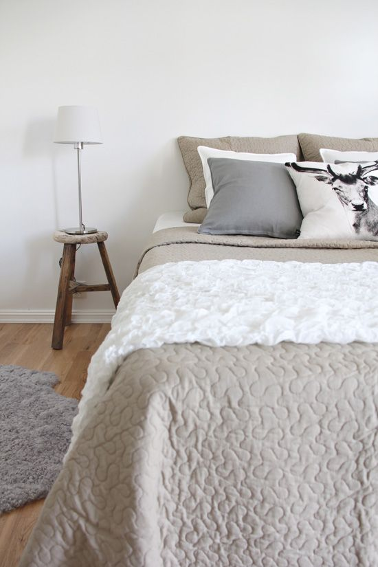 Natural...clean, simple bedding!  I love this look!