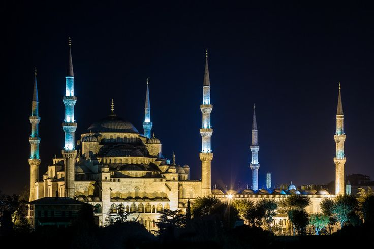 Blue Mosque by Ron Bearry on 500px