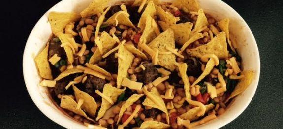 Toevoegen aan mijn receptenVoeg een Mexicaans tintje toe aan je avondmaaltijd met deze Mexicaanse ovenschotel met tortillachips. Maak het gerecht helemaal compleet met guacamole. Maak zelf guacamole met dit guacamolerecept. Beniewd naar meer Mexicaanse gerechten? Kijk dan eens bij onze Mexicaanse recepten.