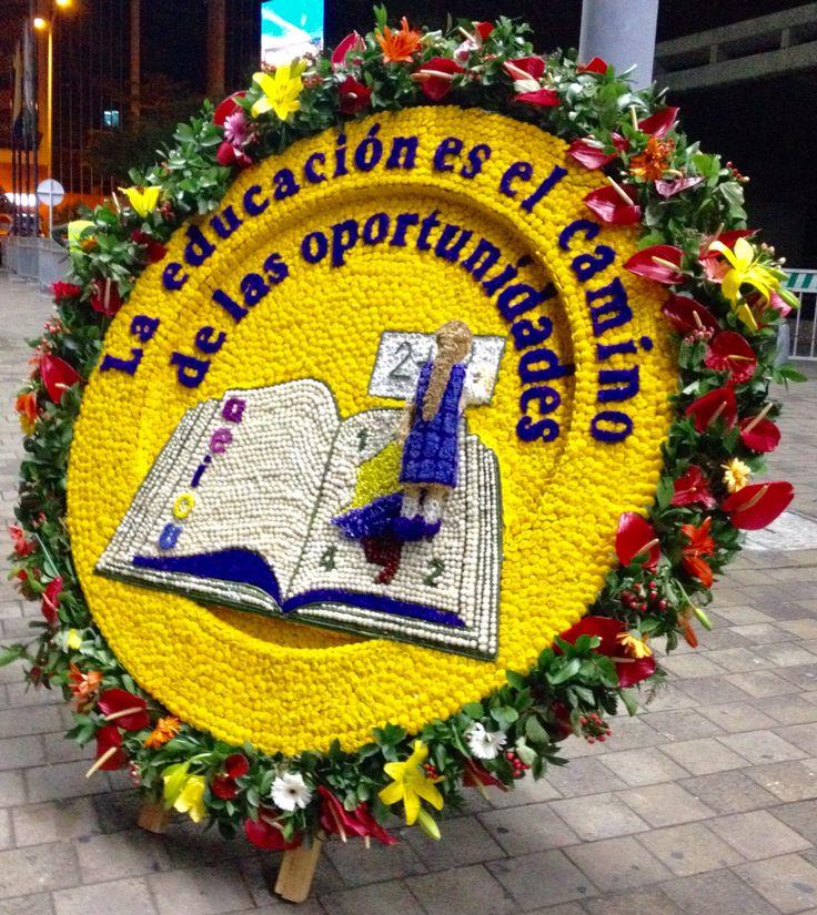 """Silleta """"La educación es el camino de las oportunidades"""""""