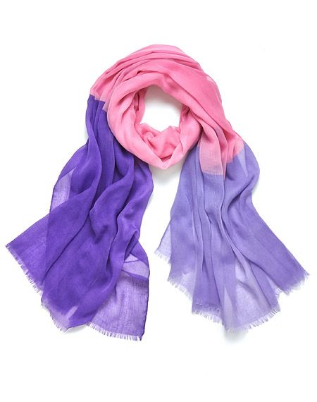 This colour blocked scarf is an easy way to upgrade a low key outfit.