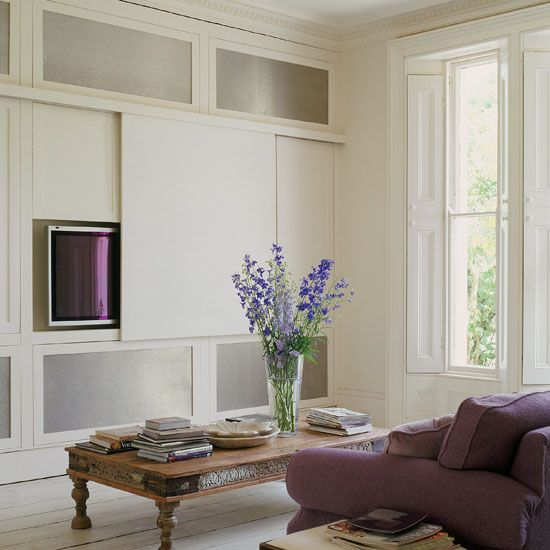 White living room | South-East London Victorian home | House Tours | Homes & Gardens | PHOTO GALLERY | Housetohome