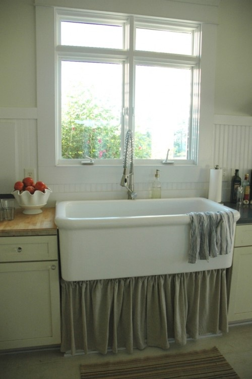 Skirted Sink Kitchen : ... HOME: Sinks & Faucets on Pinterest Kitchen sinks, Kitchens and Sinks