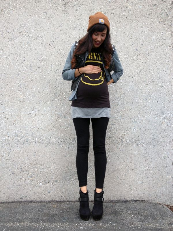 Maternity Street Style via MyCornerView  Nirvana-mama