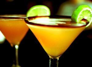 Bring a Little Thai to the Gathering with Fresh Mango Martini: Mmm Mango Martinis!