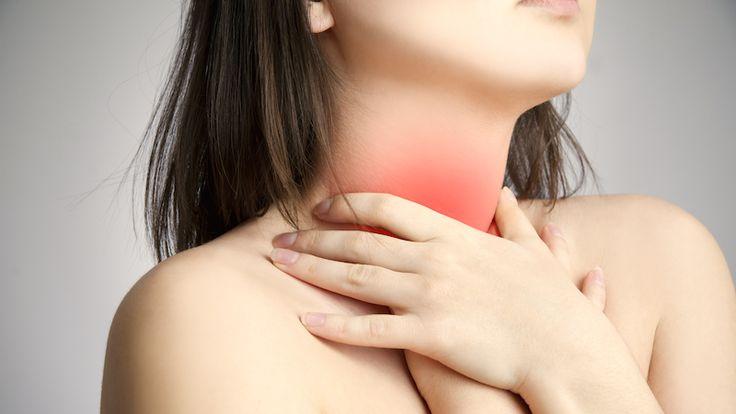 Diffusa symtom som trötthet, värk och nedstämdhet kan bero på en defekt i sköldkörteln. Många bär på sköldkörtelbesvär utan att veta om det. Här är 9 varningssignaler du ska se upp med!