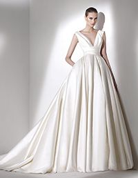 Pronovias > CALAMIAN - V-neck wedding dress Pronovias 2015