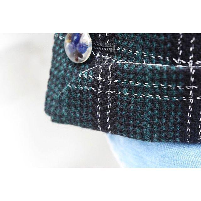 <turnnap cuffs> . . 折り返しのついた袖口デザイン。 ----------------------------------------- ※御来店の際は御予約をお願い致します。 ----------------------------------------- . . . オーダーメイド製品はlifestyleorderへ。 . .  all made in JAPAN . . . womens...@lso_andc wedding...@lso_wd  #ライフスタイルオーダー#オーダースーツ目黒#結婚式#カジュアルウエディング#オーダージャケット#ジャケット#結婚式準備#結婚式diy#新郎衣装#新郎#プレ花嫁#蝶ネクタイ#メンズファッション#2018春婚#2018秋婚#2017aw#コーデ#ダブルスーツ#デニムシャツ