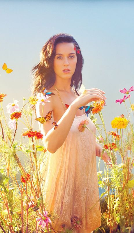 Katy Perry ♥! So beautiful!! I love her and her songs!!!