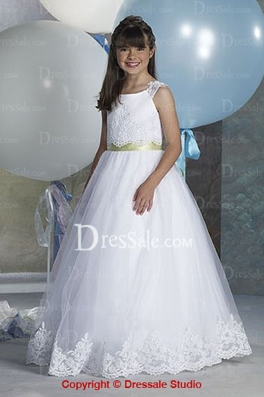 Romantic organza made flower girl dress is characterized with wide straps with dotted lace, the fascinating bodice is covered with dramatic lace as a core, and the ribbon fastened waistline catches all eyes with the waterfall falling skirt with lace bordered hemline sweeping the floor.