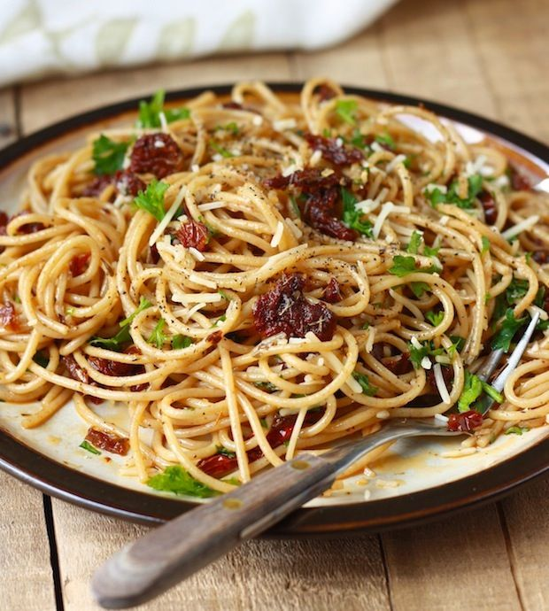 Sun-Dried Tomato Pasta with Garlic-Herb Olive Oil Sauce @Season with Spice - an Asian Spice Shop