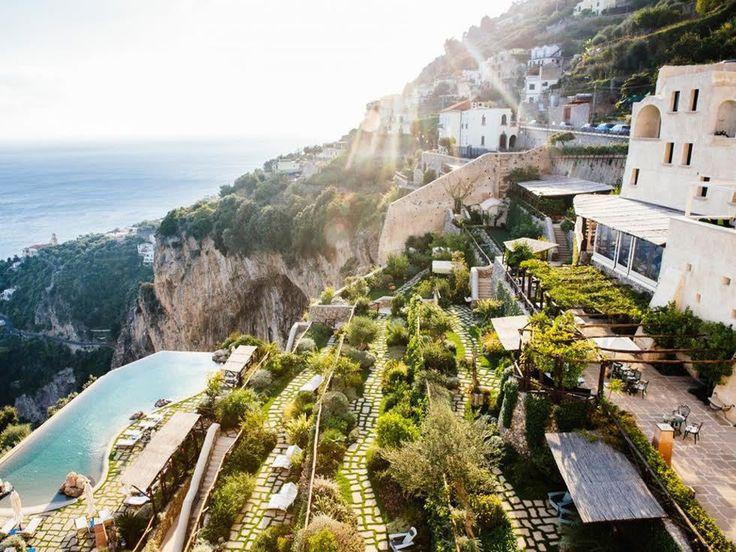 Monastero Santa Rosa, Amalfi kusten. Panoramisk utsikt över Gulf of Salerno