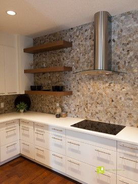 Cobbleston Backsplash Contrasting With Modern Finishes Love That French Farmhouse Feel The Pebbly Wall Gives