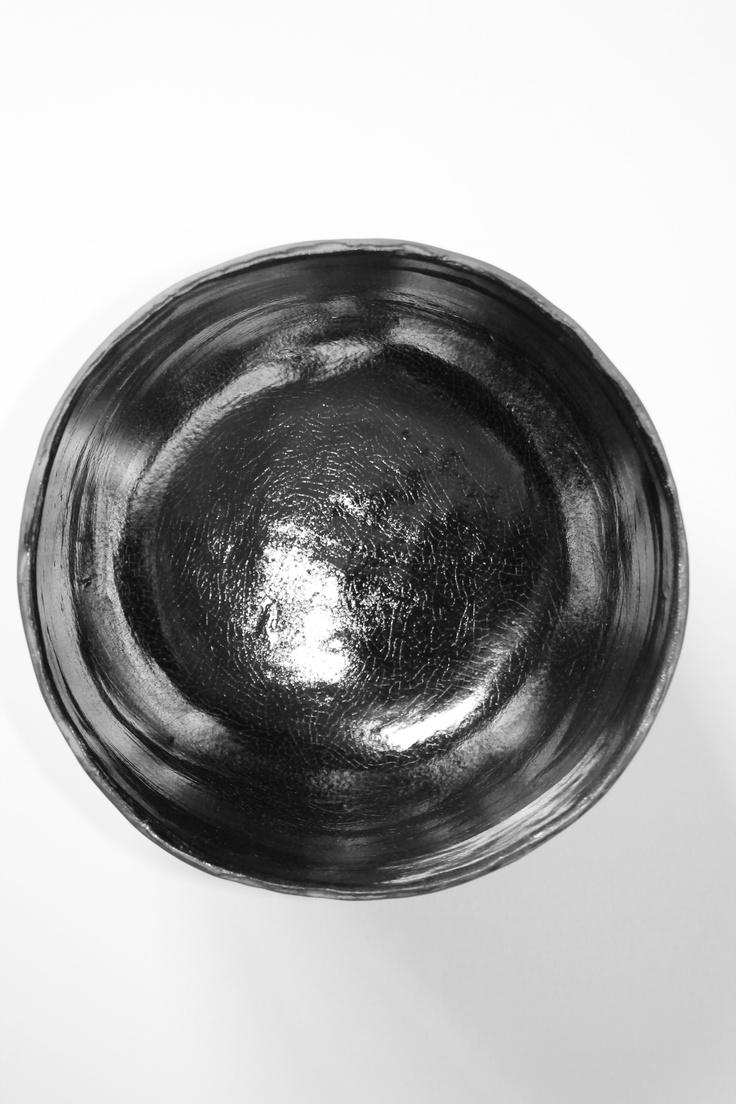 Coppa in ceramica, particolare dell'interno.