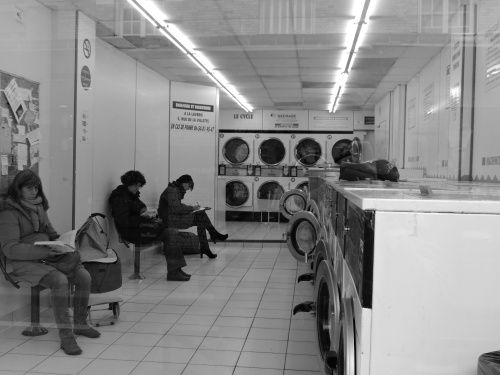 Inside : a laundrette