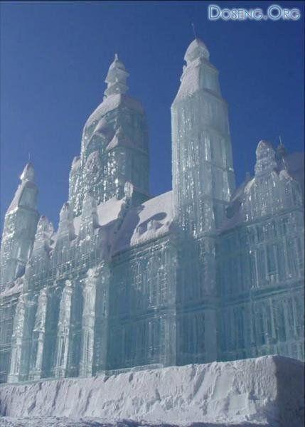 Ледяной отель Юккасъярви на севере Швеции