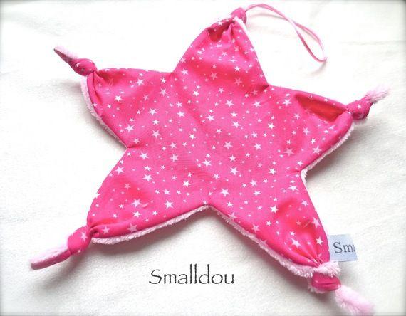 Doudou attache tétine noeud forme étoile fuchsia étoilé/rose clair