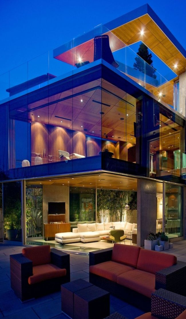 Modern Glass House...beautiful!