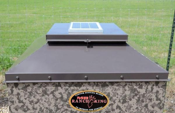 Ranch King Mighty Buck Corn Feeder In 2020 Feeder Ranch 12 Volt Solar Panels