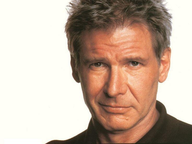 Harrison Ford est un acteur américain né le 13 juillet 1942 à Chicago (Illinois). Sa collaboration avec George Lucas, qui a été le premier à lui donner l'occasion de s'affirmer en tant qu'acteur av...