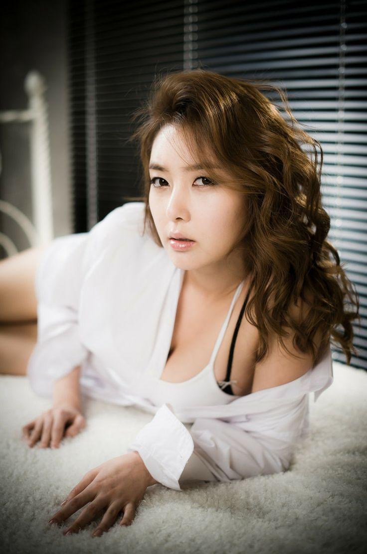 South Korean Custom Girls Naked 韩国风俗  HotBerry Vol.01
