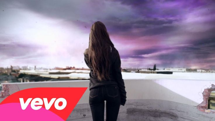 Ariana Grande - One Last Time (Official) I watched this when it first came out last night at 12 and it had 301 views. Now it has 679,505! We are so proud of you, Ariana! @GwenGrande