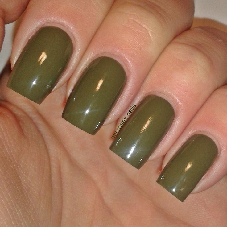 Sally Hansen Complete Salon Manicure #833 Loden green  http://myrosesnails.blogspot.com/2015/03/sally-hansen-complete-salon-manicure.html