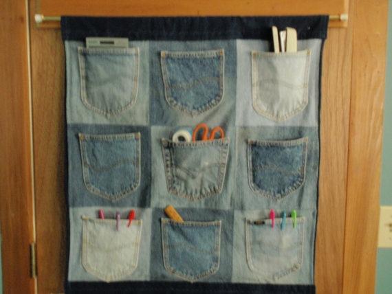 Denium pocket wall hang... need for the classroom!
