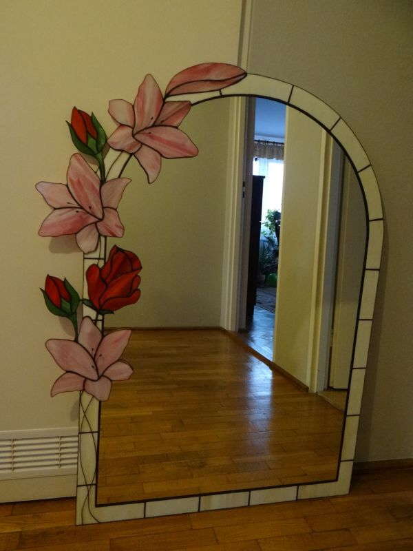 Lily & Rose Tiffany Style Stained Glass Mirror by ArtesanaPL on Etsy https://www.etsy.com/listing/166226427/lily-rose-tiffany-style-stained-glass