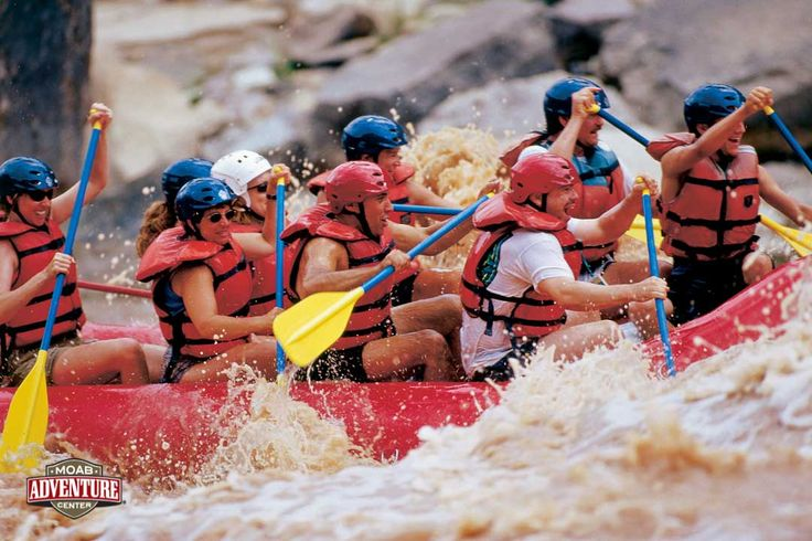 Huge rapids on the Colorado River! Moab Adventure Center's Cataract Canyon Rafting trip! #Utah #adventure #vacation