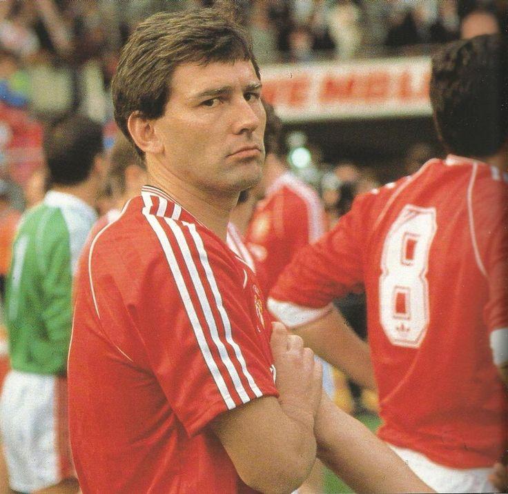 True Legend 35 Trophies Gorashfordutd Liverpool Legend: 25+ Best Ideas About Bryan Robson On Pinterest