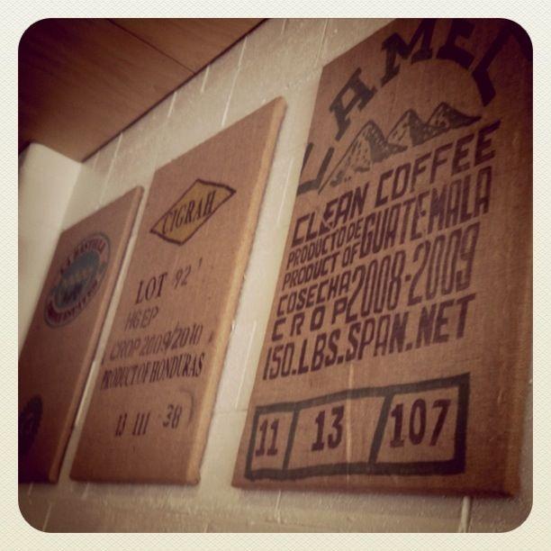 25 best ideas about burlap wall decor on pinterest for Burlap bag craft ideas