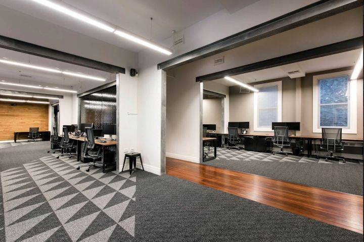 Bonfire Office by Webster + Allan using Burgtec SCOPE executive chairs