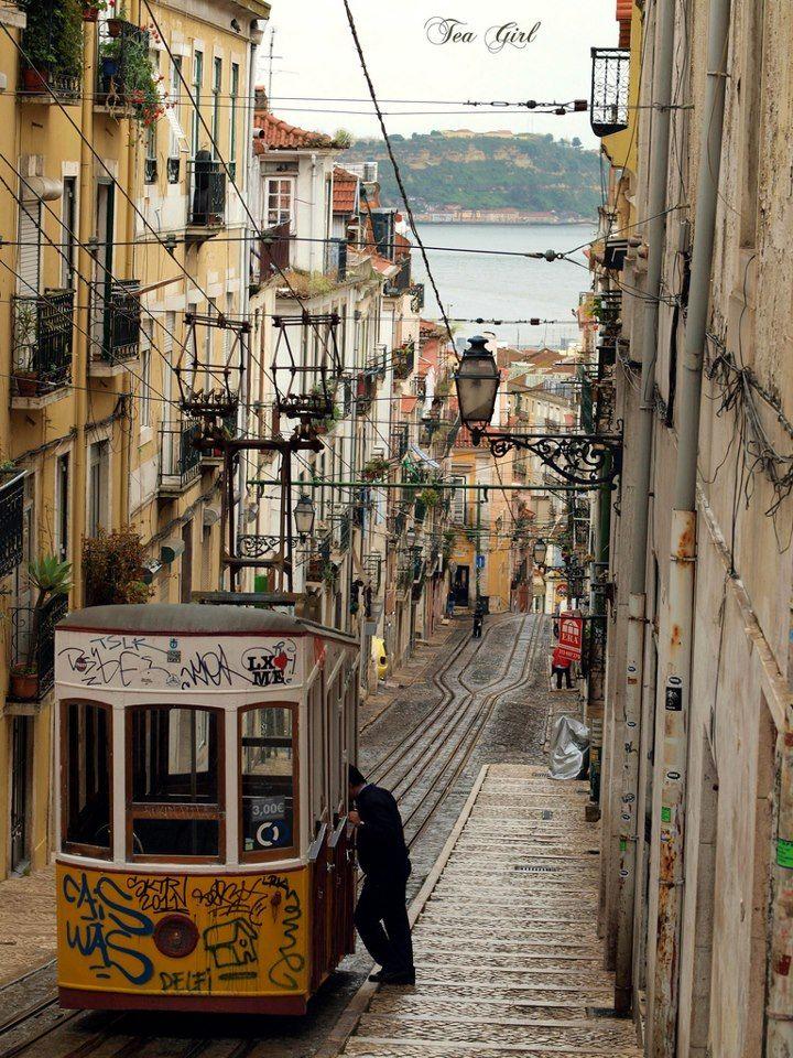 ✶Elevador da Bica, Lisbon, PORTUGAL✶
