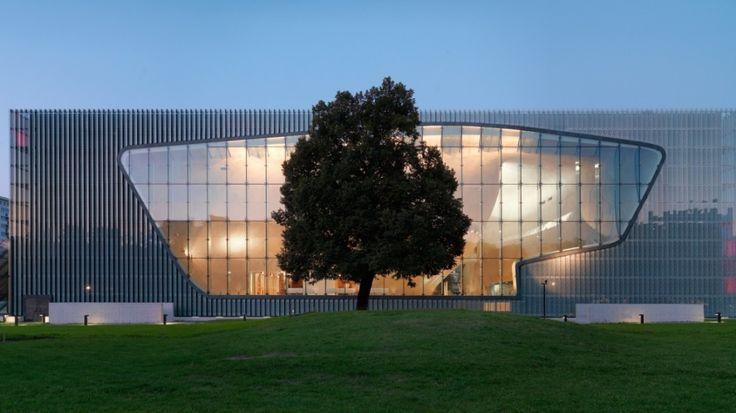 Muzeum Historii Żydów Polskich w Warszawie. http://www.tvn24.pl/zdjecia/muzeum-historii-zydow-polskich-w-warszawie,42132.html