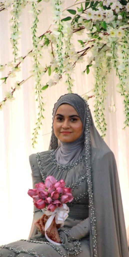 Malay bride - This is so sopan... Love it...