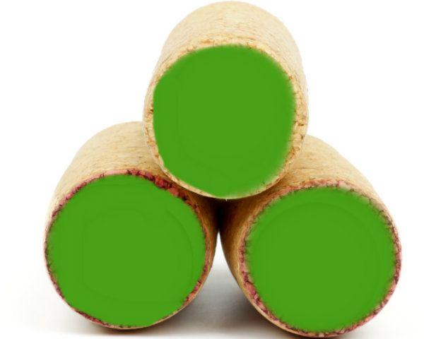 How to Make Wine Cork Shamrocks for St Paddy's Day! #DIY #StPatricksDay