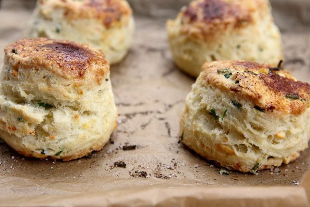 These biscuits w/ sour cream, chives, & feta got RAVE reviews over the holidays. Try swapping sour cream for non-fat Greek yogurt! @joythebaker